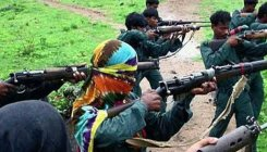 Two Naxals surrender before police in C'garh