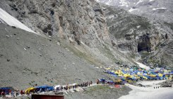 Over 4000 pilgrims leave Jammu for Amarnath