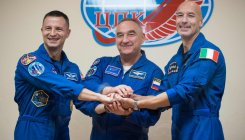 Russian capsule carrying 3 docks with ISS