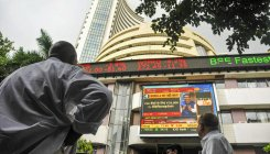 Sensex tanks 306 pts; HDFC twins sink