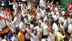Cong alleges dirty politics, plans nationwide protest