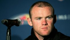 Wayne Rooney holds talks with Derby over English return