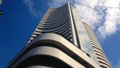 Sensex, Nifty rebound on positive global cues