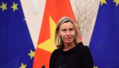 Hong Kong tensions: EU calls for 'inclusive dialogue'