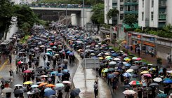 Hong Kong protesters kick off new weekend of rallies
