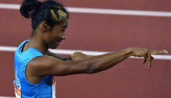 Hima wins gold in 300m in Czech Republic