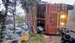 15 killed as truck collides with state bus in Maha
