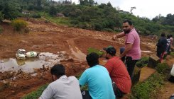 Putrid smell raises hopes in Wayanad's landslide spots
