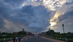 Delhi faces sultry weather, to get rains on August 25