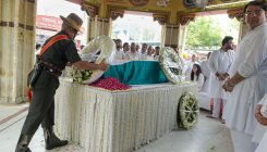 Former FM Arun Jaitley cremated with State honours