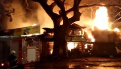 Fire breaks out at timber yard in Byculla, no casualty