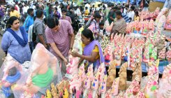 People all set for Gowri-Ganesha festival today