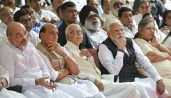 Netas cut across party lines to pay tribute to Jaitley