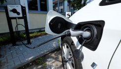 TN showers incentives on EV manufacturers and users