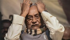 Time and option fast running out for Nitish Kumar