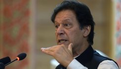Pakistan PM aims to restart Afghan peace talks