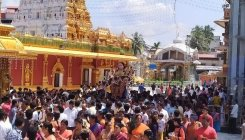 Mangaluru flags off Dasara on a colourful note