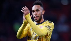 Aubameyang denies Man Utd win over Arsenal
