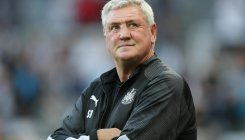 Bruce wants Newcastle to respond against Man Utd