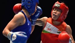 Mary Kom secures 8th world medal, enters semifinals