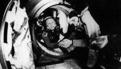First man to go on a spacewalk Alexei Leonov dies