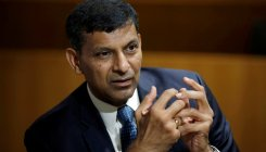India's economy in a 'worrisome' situation: Raghuram