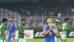 'India's play was no match to atmosphere at Salt Lake'