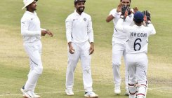 Shami treble leaves South Africa crumbling in follow-on