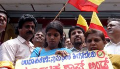 'Give Kannada 60% space on boards or lose trade permit'