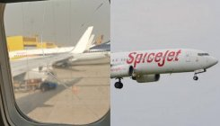 Passenger finds crack in Spicejet airplane window