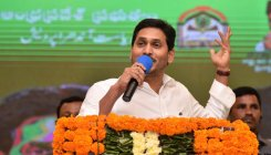 CM condemns VP, TDP Prez, Pawan Kalyan for English oppn