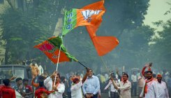 Up to Sena to fit 'Hindutva' agenda with Congress: BJP