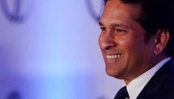 Very few world class bowlers in Tests now: Tendulkar