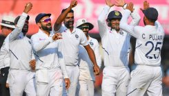 Fast bowlers say they feed off each other's success