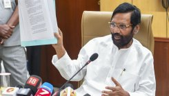 Name officials to test Delhi water: Paswan to Kejriwal