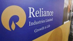 RIL first firm to hit Rs 9.5 lakh cr m-cap mark