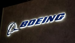 Boeing's communications head to retire next year