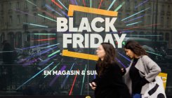Black Friday: French activists bar Amazon depot access