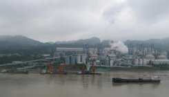 China urges regions to tackle pollution in major rivers