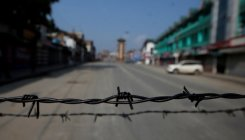 Govt to put up barbed wire fences near WB-Bangla border
