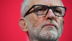 Corbyn makes Brexit offensive ahead of showdown