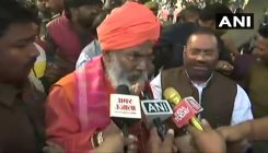 Unnao: Sakshi Maharaj heckled at victim's village