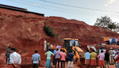 3 killed, 1 injured as soil caves in pit