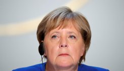 Merkel hails goodwill at Paris talks on Ukraine row
