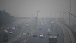 Air quality in Delhi borders 'severe levels'