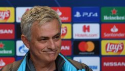 Mourinho bans Spurs players from watching Bayern