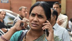 Want convicts hanged before Dec 16: Nirbhaya's mother