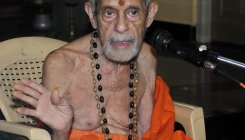 Pejawar Mutt seer in critical but stable condition