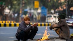 Delhi remains in grip of cold wave