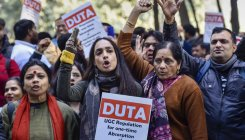 HRD Ministry appeals to DU teachers to call off strike